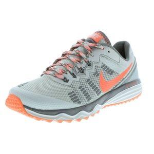 Women's Nike Dual Fusion Trail 2 trail shoe 10 NEW